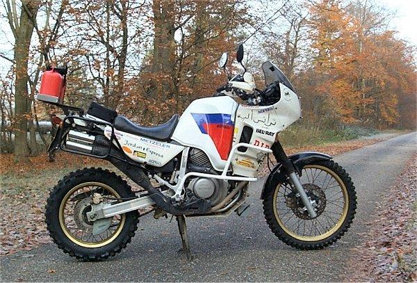 Suzuki Xl